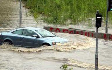 Përmbytjet në Greqi, shqiptarja tregon përjetimet e frikshme: 2 metra ujë mbi tokë
