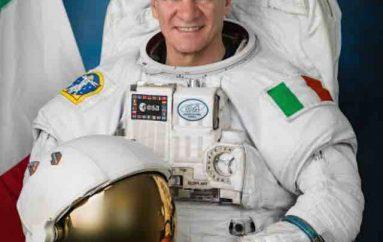 Astronauti i parë që kontribuon në mënyrë të veçantë në Wikipedia nga hapësira