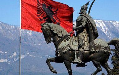 """""""Lirinë nuk ua solla unë, por atë e gjeta mes jush"""", realizohet film për Skënderbeun në Itali"""