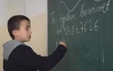 Fëmija gjeni në Kosovë, psikologët: Të kalojë nga klasa e 3-të në të 8-tën