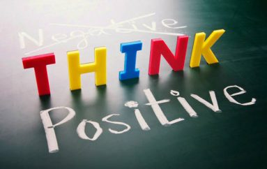 Zgjidhni sukses me mendime pozitive