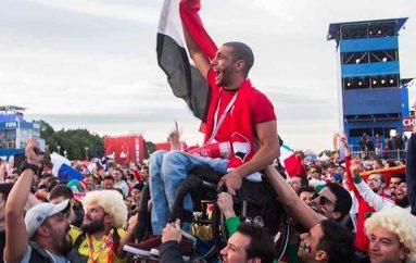 Gjeste mirësie nga kupa e botës që tregojnë shembujt më të mirë të njerëzimit