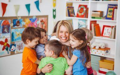 Çdo lodër është edukative, kushtojini vëmendje ç'doni t'u mësoni fëmijëve