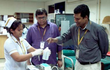 Spitalet nuk përballojnë pajisjet, doktori përdor shishet e shampove, ul vdekshmërinë me 75 për qind