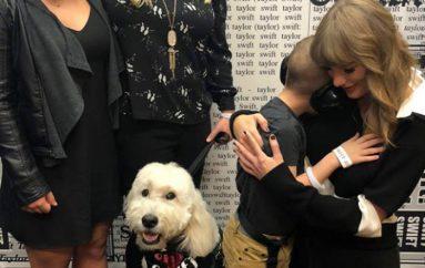 Djali me autizëm takon Taylor Swift, pasi ajo i dhuroi 10,000 $
