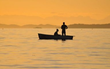 Studimet tregojnë se shëtitja me varkë bën mrekulli