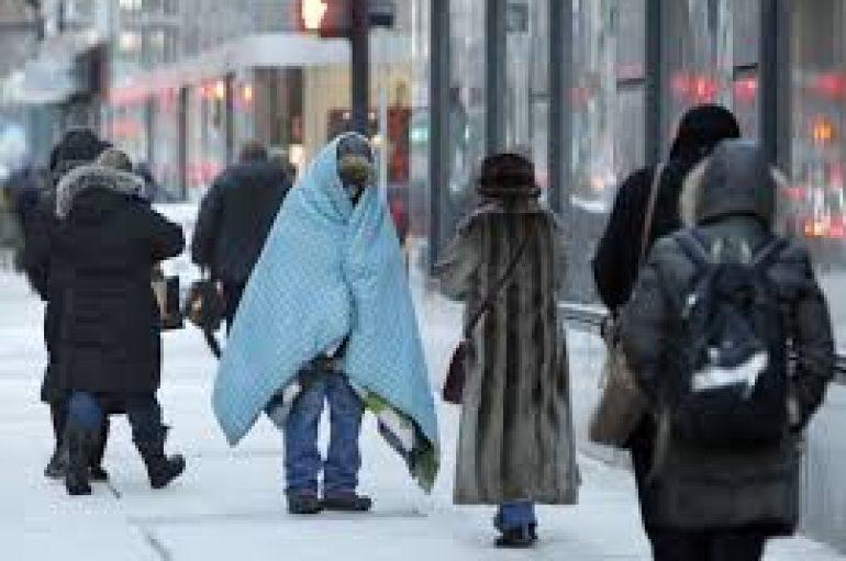 Si mund t'i ndihmoni të pastrehët këtë dimër