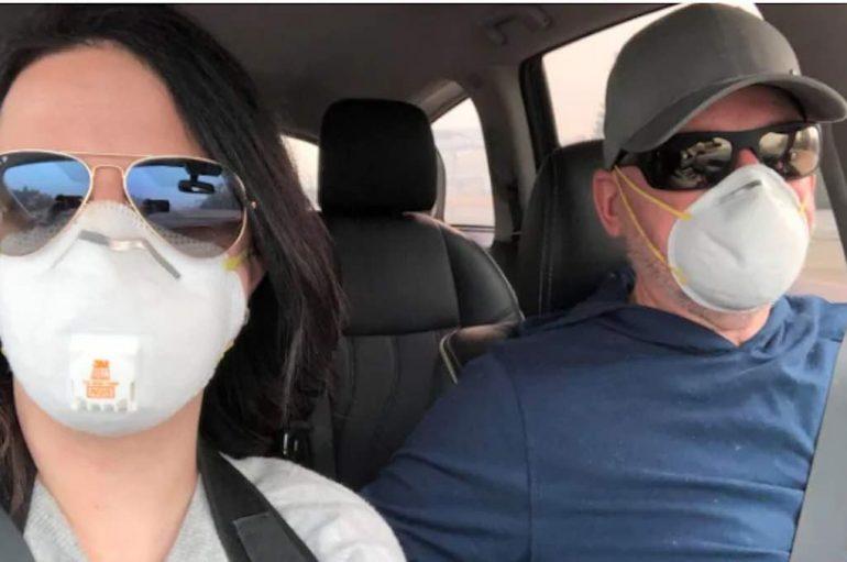 Çifti kanadez shpenzon pushimet duke ndihmuar të prekurit nga zjarri në Kaliforni