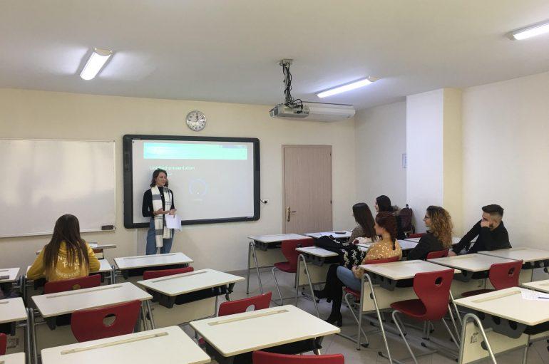 Të rinjtë drejt gazetarisë konstruktive, i bashkohen projektit të Pozitivit