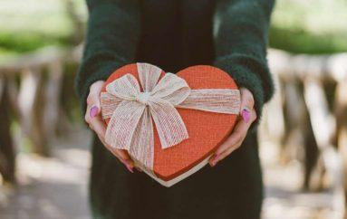 Dhurata më e mirë për Shën Valentin? Nuk është nevoja ta blesh
