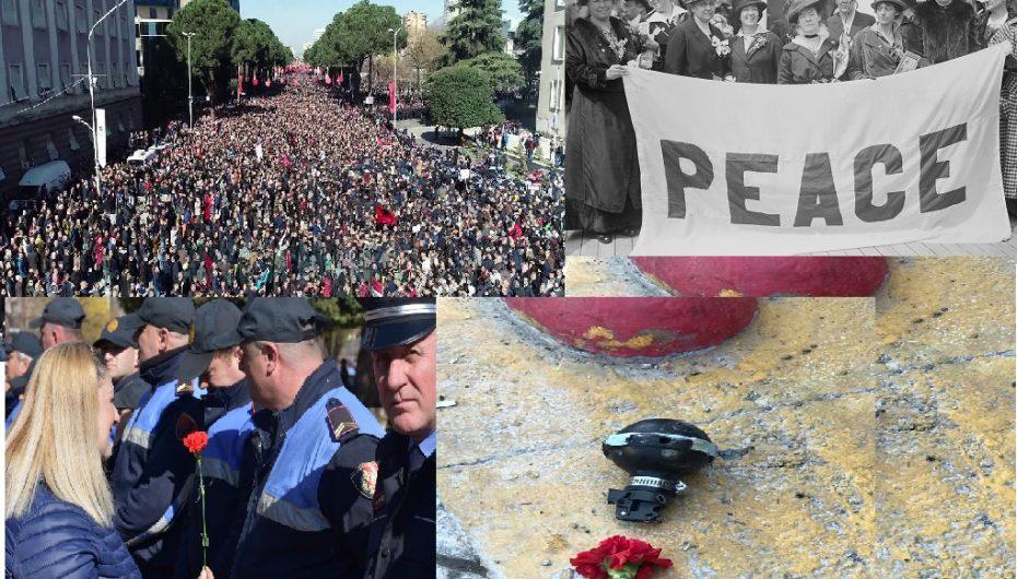 Sot filloi me lule dhe u mbyll me bomba tymuese: Si të zhvilloni një protestë paqësore