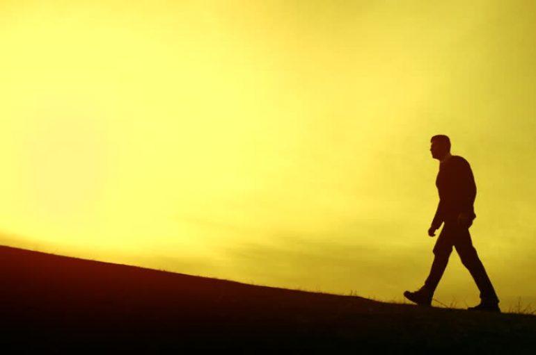 """""""Ajo që nuk fillon sot nuk do të përfundojë nesër"""""""