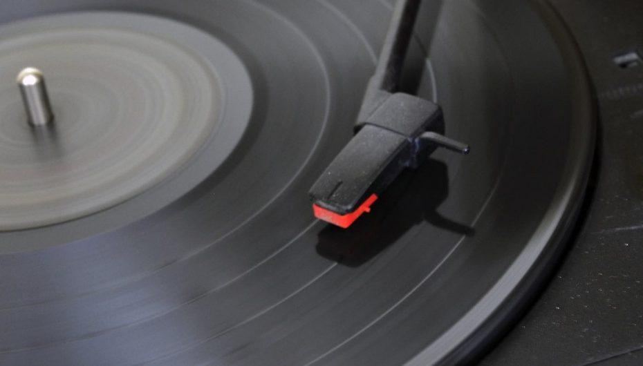 Dita e shitjes së albumeve, të ardhurat shkojnë për bamirësi