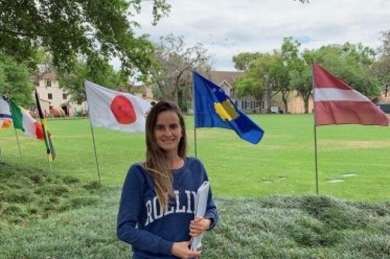 Një studente nga Kosova në kolegjin më prestigjioz në Florida