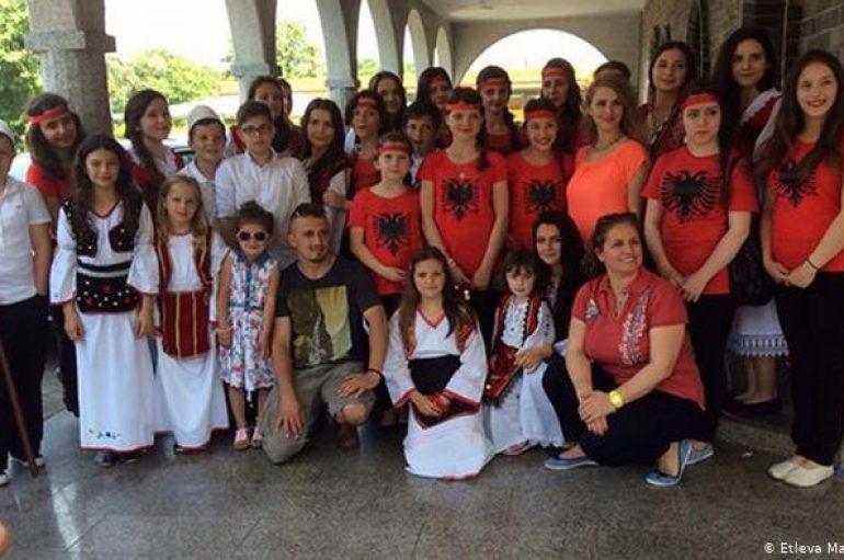 Në Hamburg, së shpejti nis mësimi i gjuhës shqipe