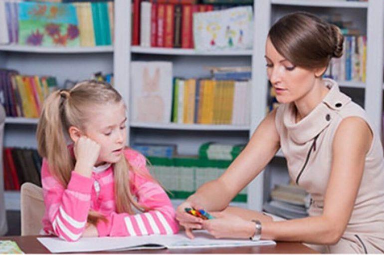 Mungesa e psikologëve në shkolla përbën pengesë për zhvillimin e arsimit