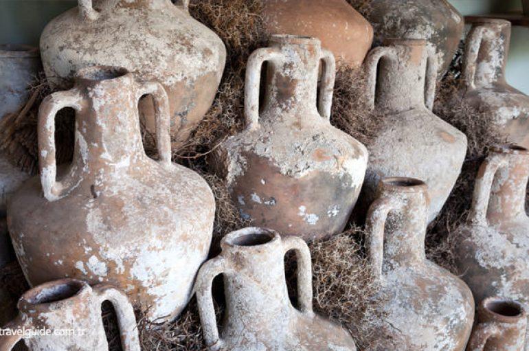 Ekspedita shqiptaro-amerikane zbulon 22 amfora të lashta në brigjet shqiptare