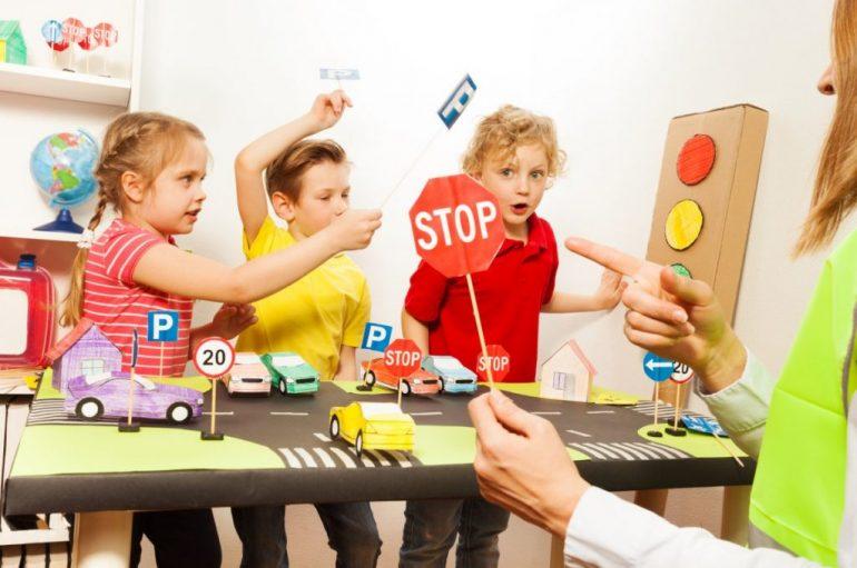 Fëmijët kanë nevojë për kufizime. Teknika për t'i mësuar ata të rregullojnë vetveten
