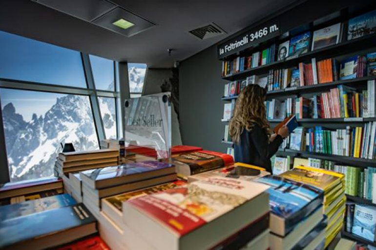 Libraria më e lartë në Europë, në Malin e Bardhë në lartësinë 3.466 metra