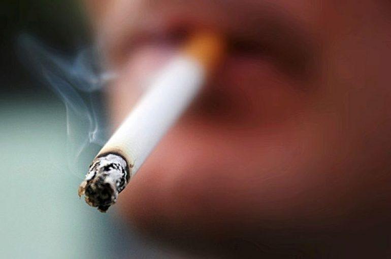 Shkencëtarët paralajmërojnë për dëmet e pirjes së duhanit