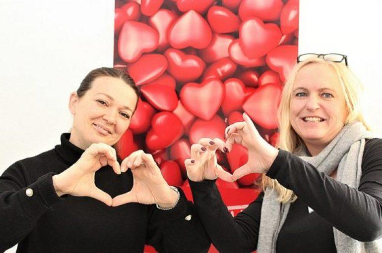 """Suzana fiton çmimin """"Infermiere me zemër"""" në Gjermani"""