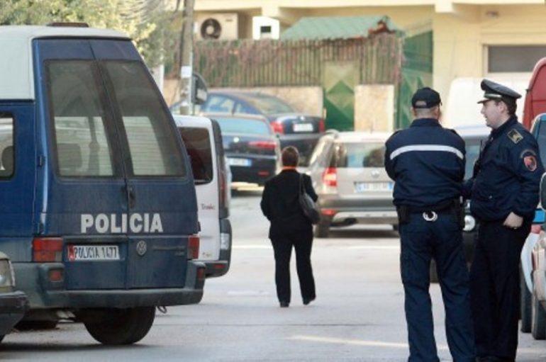 Përplasje me kallashnikov në Tushemisht, policia parandalon tragjedinë