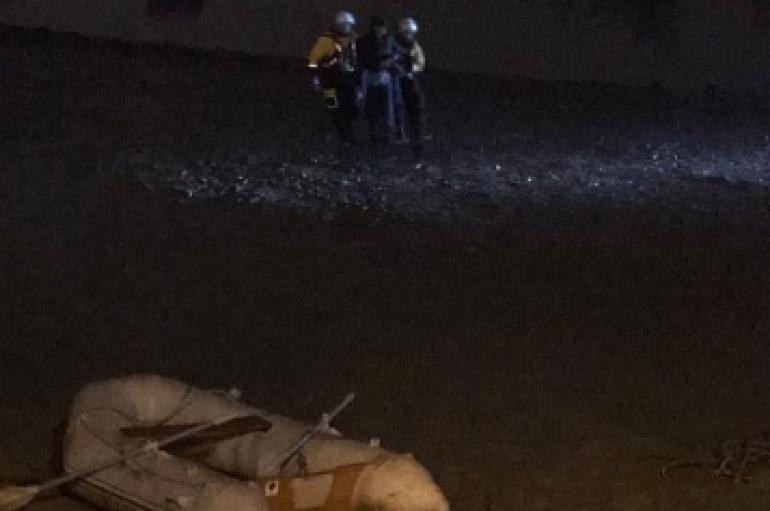 E zhytur në lumë, si e shpëtoi i riu shqiptar gruan në Londër