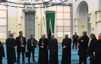 Myslimanë dhe të krishterë, mblidhen bashkë në Shkodër