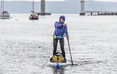 Një grua vendos dy rekorde botërore në sfidën e ndotjes plastike