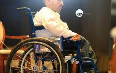 Agimi, këngëtari me aftësi të kufizuara që po realizon ëndrrat