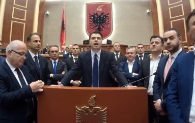 Djegia e mandateve të opozitës, cila ka qenë rruga e zgjidhjes në krizat politike të mëparshme