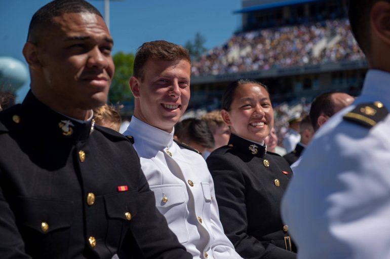 I riu shqiptar diplomohet në Akademinë Detare në SHBA