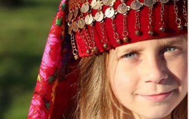 Kiara, shqiptarja e vogël rritet me ëndrrën për t'u bërë e famshme në gjithë botën