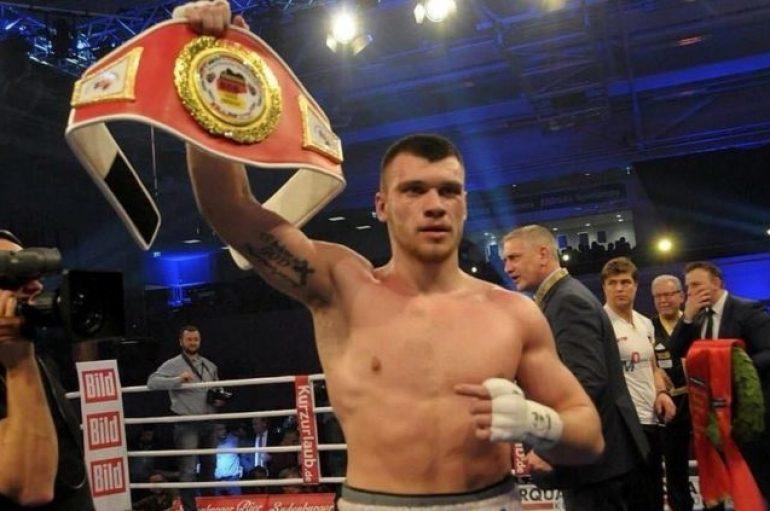 21 vjeçari shqiptar, kampion bote