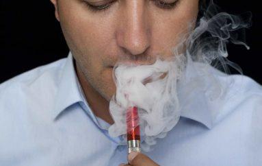 Viktima e parë e cigareve elektronike në Shtetet e Bashkuara. Por a është vërtet kështu?