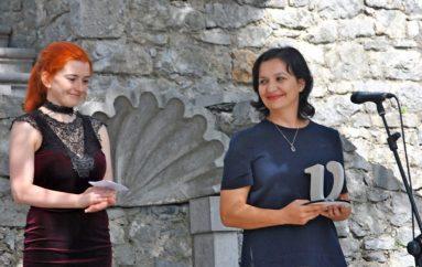 """Poetja shqiptare Manjola Nasi fiton çmimin ndërkombëtar letrar """"Kristal"""""""
