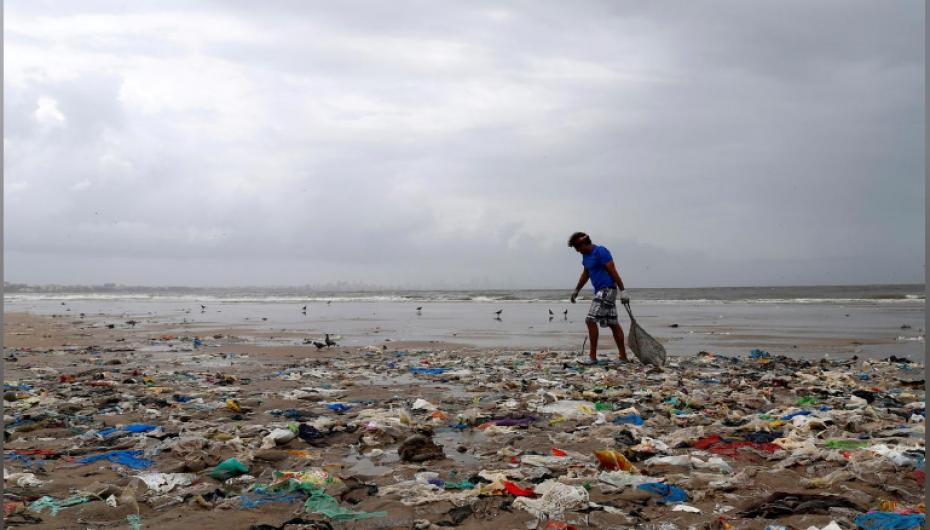 India do të ndalojë 6 produktet plastike njëpërdorimshe