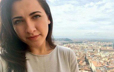 Infermierja shqiptare më e njohur në Toscana, shpëton jetën e 2 grave italiane në tramvaj dhe aeroplan
