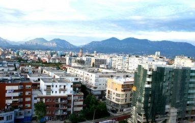 Pallatet 'e braktisura', legalizohen 7100 apartamente në Tiranë për 2 vite