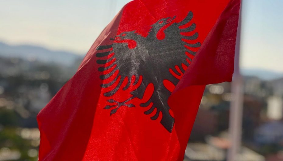 KE vlerëson Shqipërinë, ulje e numrit të azilantëve me 26.6%