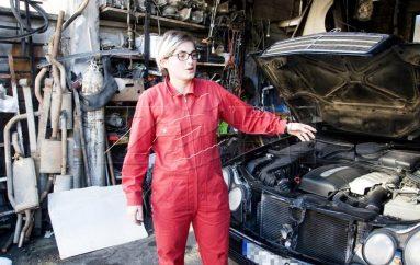 Mekanikja 22-vjeçare shqiptare që po sfidon burrat