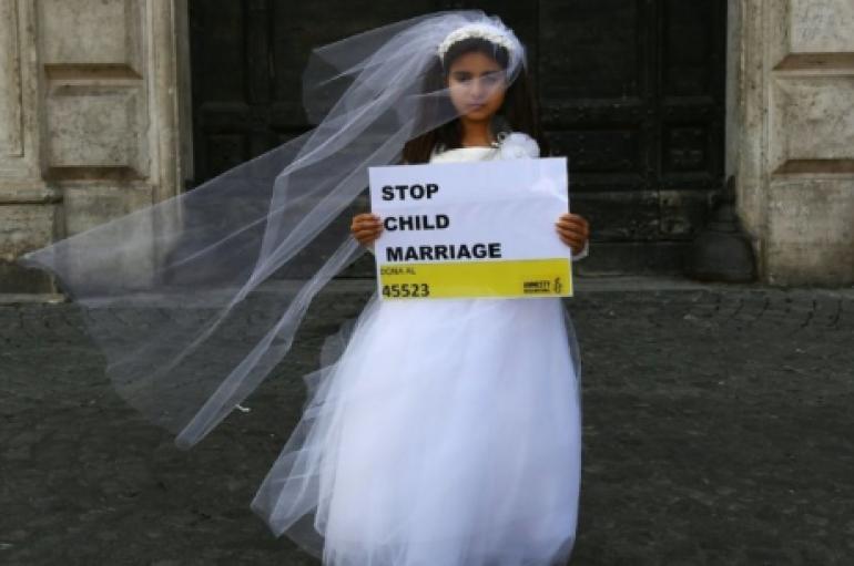 Ajo vlen: Një e vërtetë e thjeshtë për t'i dhënë fund praktikave të dëmshme kundër grave dhe vajzave